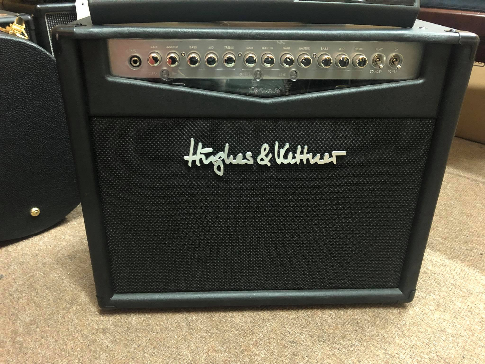 Hughes & Kettner Tube Meister 36 and Foot Controller